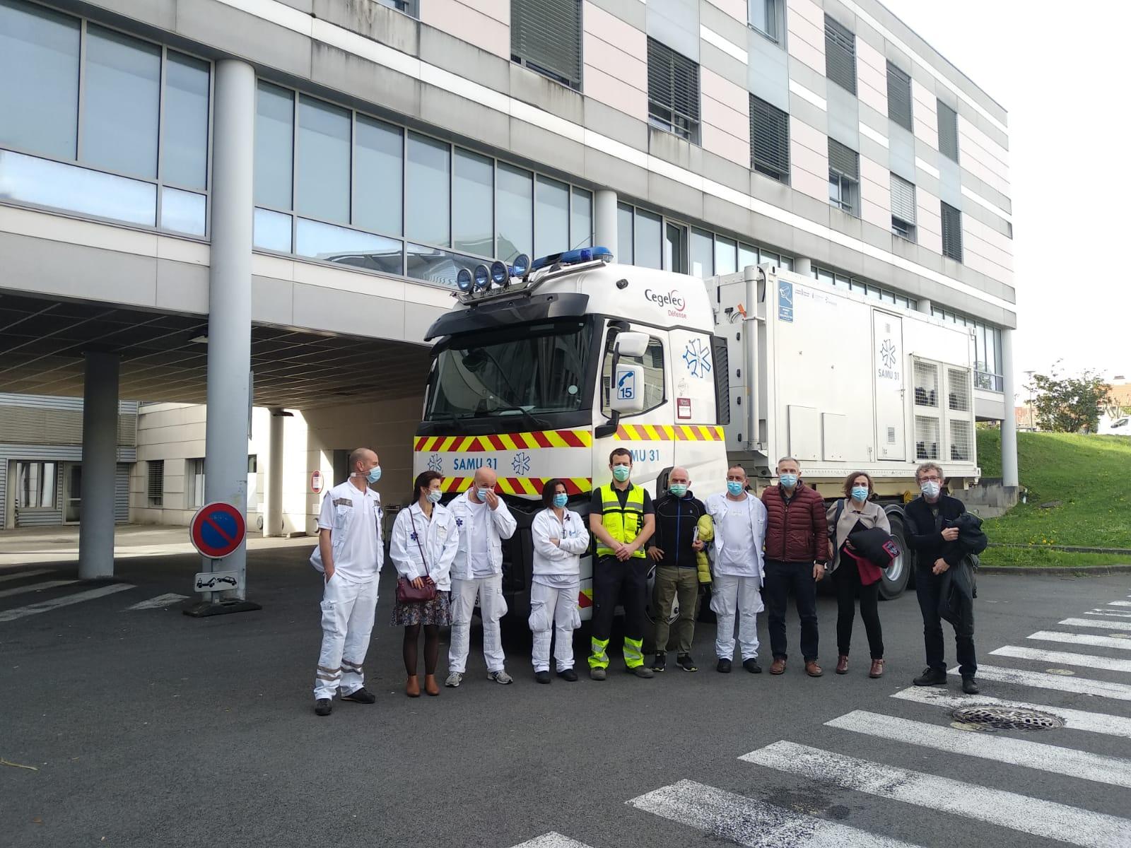 La unidad móvil de emergencias regresa a Toulouse después de su estancia en Navarra tras reforzar la campaña de vacunación contra la COVID-19